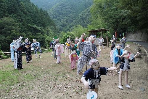 神山謎の人形(阿波踊りバージョン)