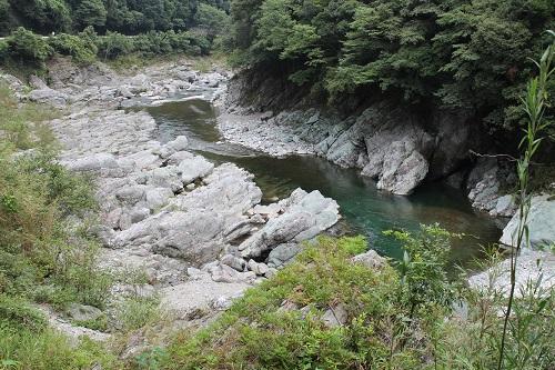 神山の川2
